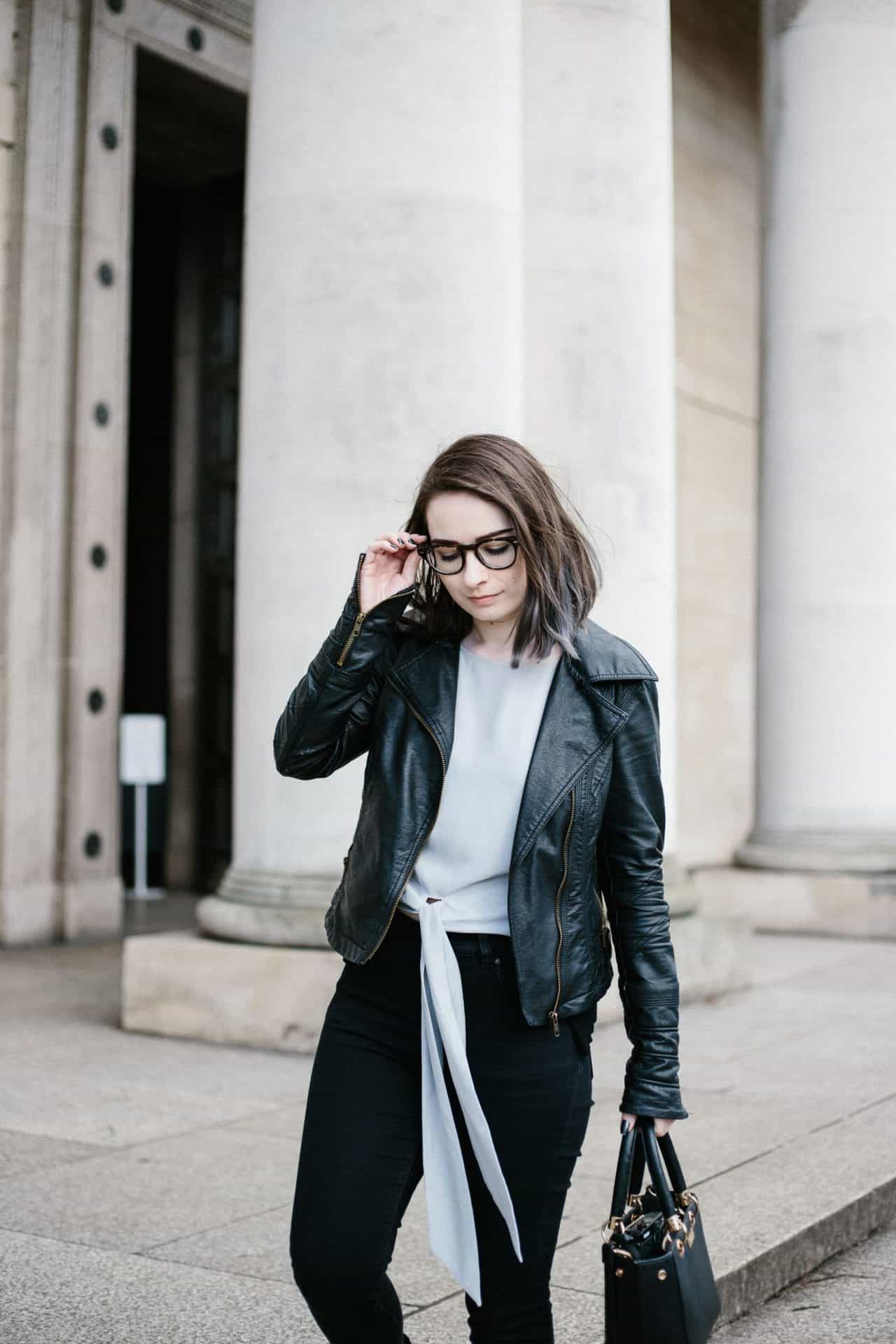 smart casual minimalism outfit