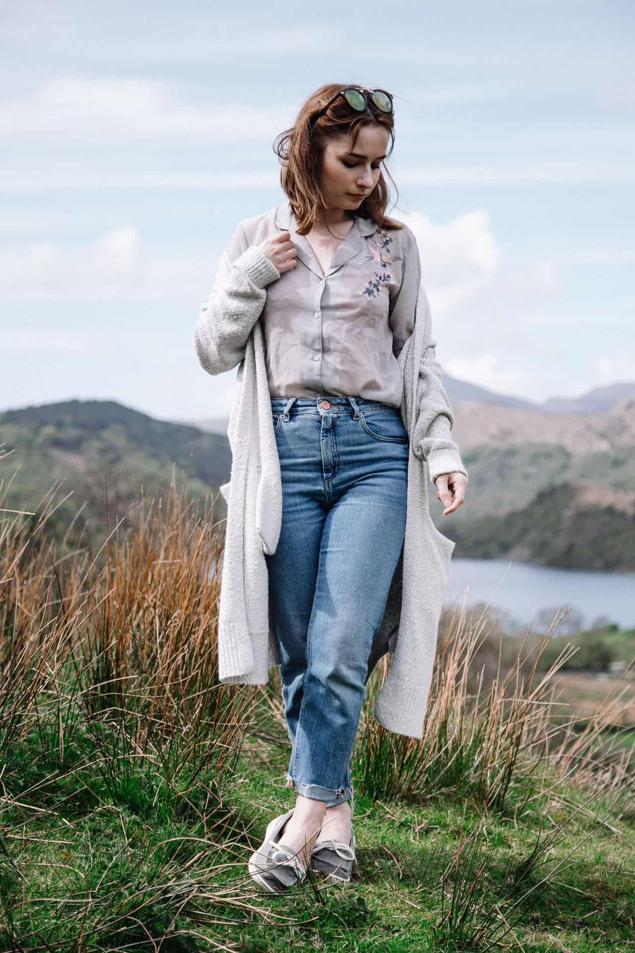 spring summer adventure outfit